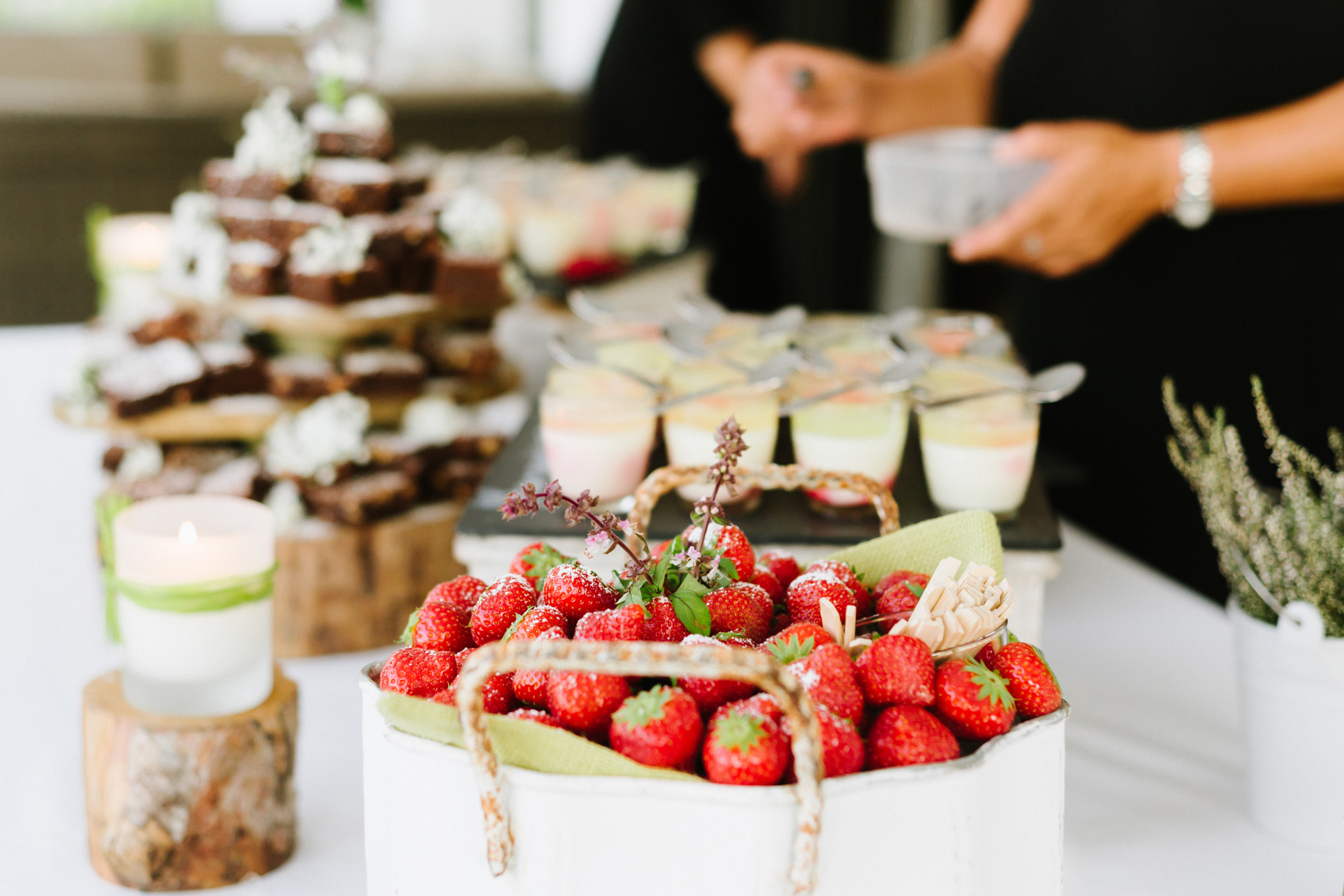 LoveFoodIbiza Wedding Dessert Brownie Tower