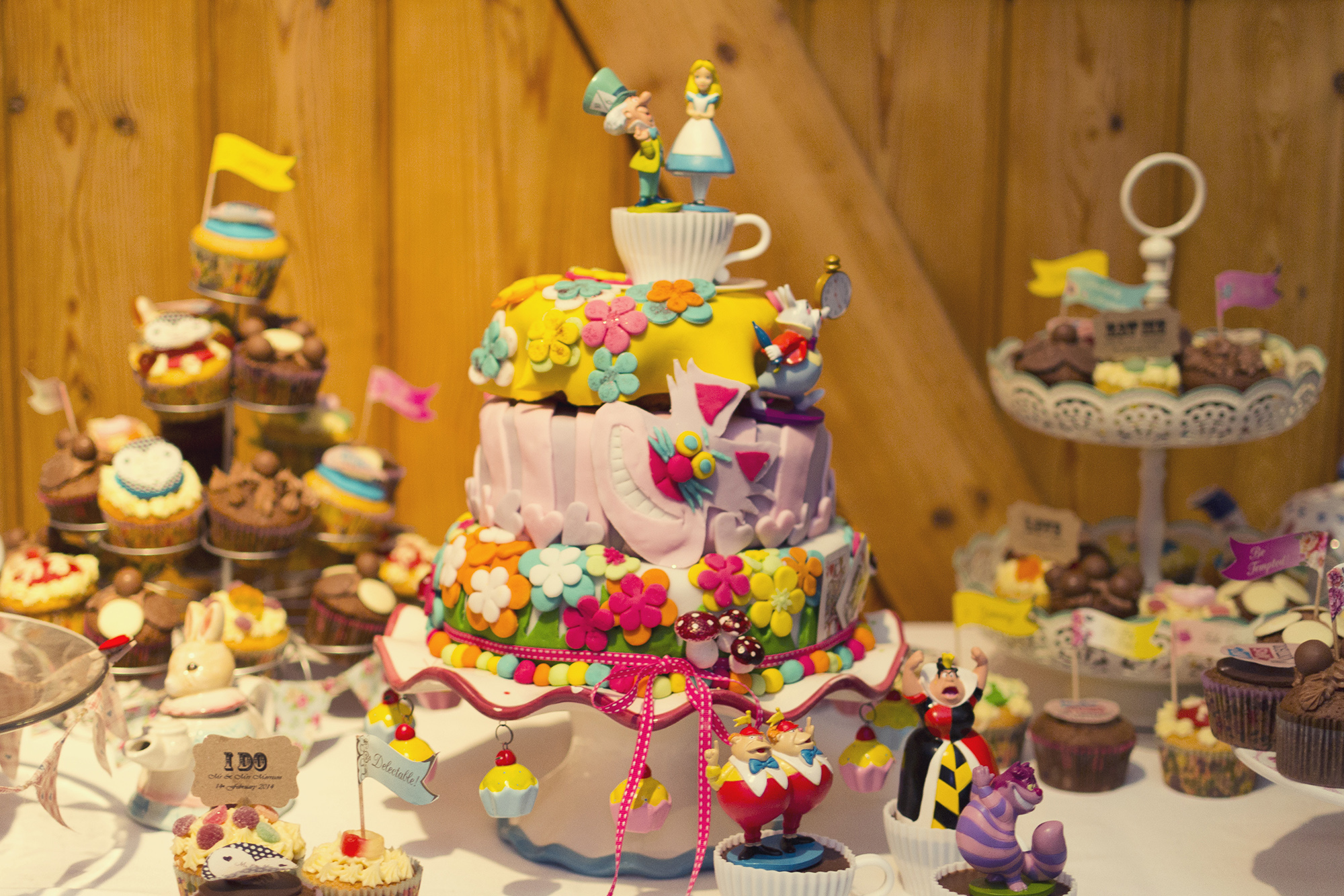 Alice_In_Wonderland_Wedding_022